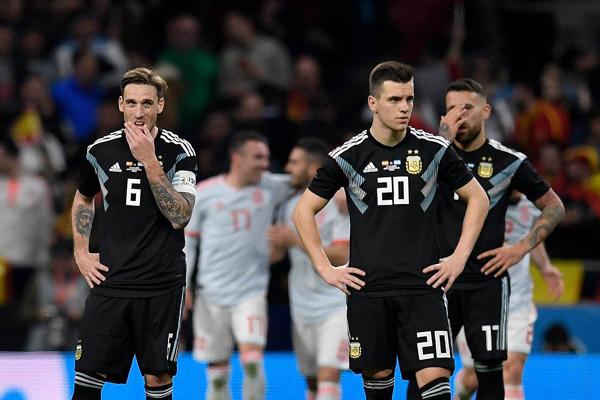 argentina-khong-messi-thua-dam-tay-ban-nha. 2